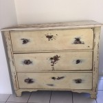 Commode, 128 x 61 x 108